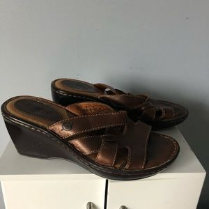 Born wedge sandals 8